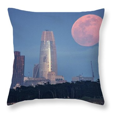 Throw Pillow featuring the photograph The Great Gig In The Sky by Quality HDR Photography