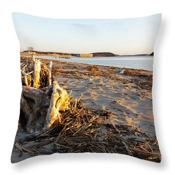 Popham Beach State Park - Phippsburg Maine Usa Throw Pillow