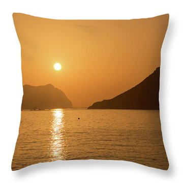 Sunrise On A Beach In Aguilas, Murcia Throw Pillow