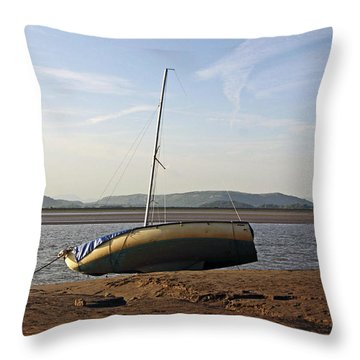 31/05/14 Cumbria. Arnside. Throw Pillow