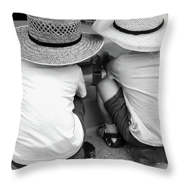 Best-friends Throw Pillow
