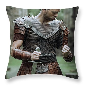 Game Of Thrones Throw Pillow