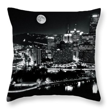A View Of Pittsburgh Pa From Above Throw Pillow