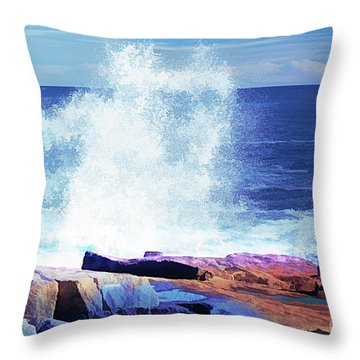 Crashing Waves At Schoodic Point Abstract Throw Pillow