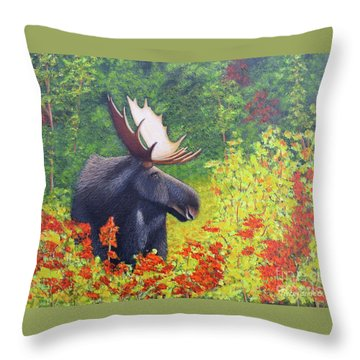 Afternoon Munch Throw Pillow