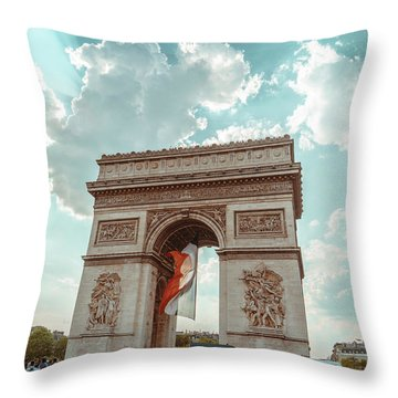 Arc De Triomphe - World Cup 2018 Throw Pillow