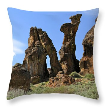 Arches Hoodoos Castles Throw Pillow