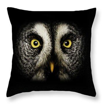 Great Grey Owl Up Close Throw Pillow