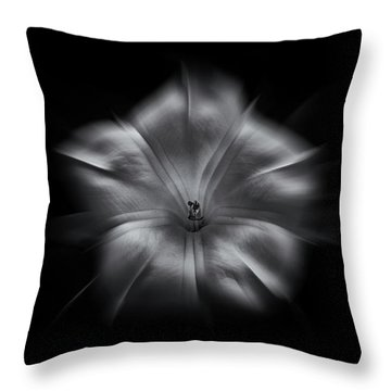 Backyard Flowers In Black And White 24 Flow Version Throw Pillow