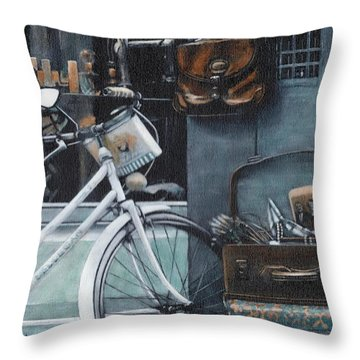 Bagging A Bargain Throw Pillow