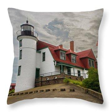 Bestie Point Lighthouse  Throw Pillow