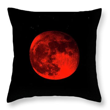 Blood Red Wolf Supermoon Eclipse 873a Throw Pillow