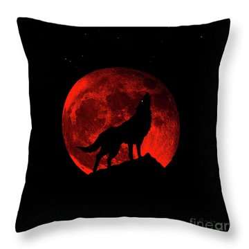Blood Red Wolf Supermoon Eclipse 873l Throw Pillow
