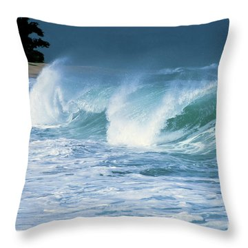 Breaking Wave North Shore Throw Pillow