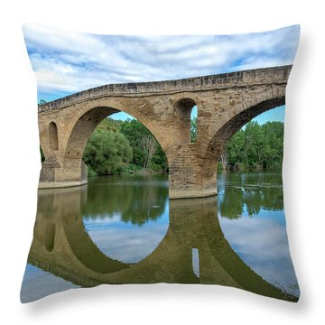 Bridge The Queen On The Way To Santiago Throw Pillow