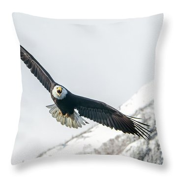 Call Of The Wild North Throw Pillow