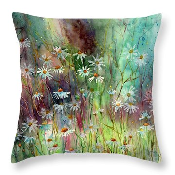 Camomille Throw Pillow