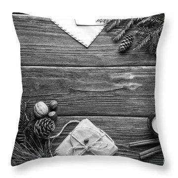 Christmas 6 Throw Pillow