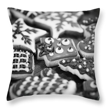 Christmas 8 Throw Pillow