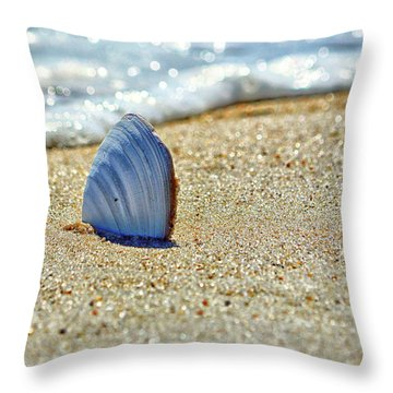 Throw Pillow featuring the photograph Clamshell On The Beach At Assateague Island by Bill Swartwout Fine Art Photography