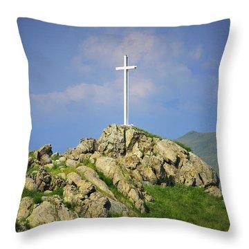 Countryside Cross Throw Pillow