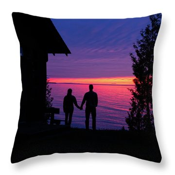 Throw Pillow featuring the photograph Couple At Sunset by Paul Schultz