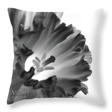 Daffodil Cornered Throw Pillow