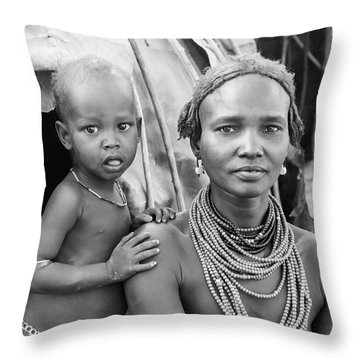 Dassanech Mother And Baby 2 Throw Pillow