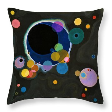 Digital Remastered Edition - Several Circles Throw Pillow