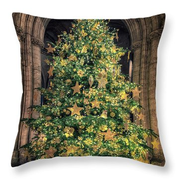 Ely Cathedral Christmas Tree 2018 Throw Pillow
