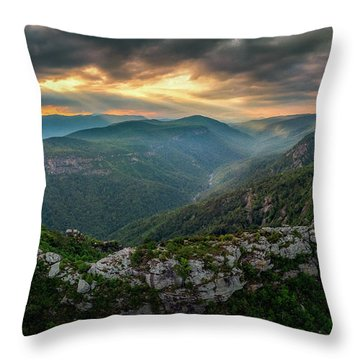 Epic Linville The Chimneys Throw Pillow