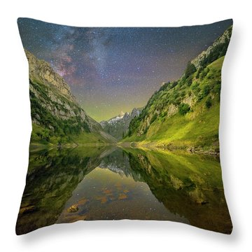Faelensee Nights Throw Pillow