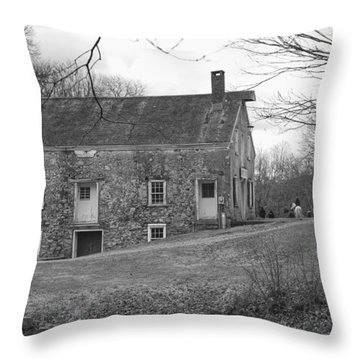 Smith's Store On The Hill - Waterloo Village Throw Pillow