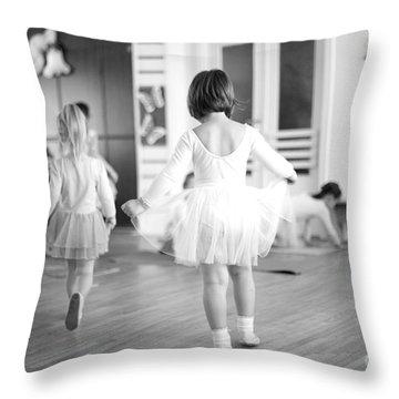 Pointe Throw Pillows