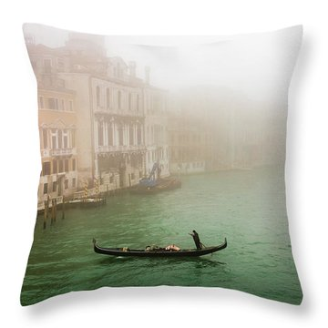 Foggy Morning On The Grand Canale, Venezia, Italy Throw Pillow