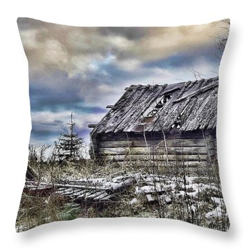 Four Winds Hotel Throw Pillow