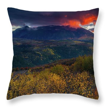 Throw Pillow featuring the photograph Glimpse Of Heaven by John De Bord