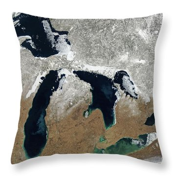 Great Lakes In Winter Throw Pillow