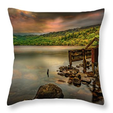 Gwynant Lake Old Boat House Throw Pillow