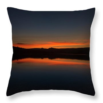 Sunset In The Reservoir Throw Pillow