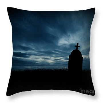 Halloween Graveyard Background Throw Pillow