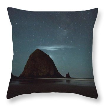 Haystack Under The Stars Throw Pillow