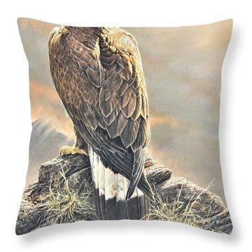 Highlander - Golden Eagle Throw Pillow
