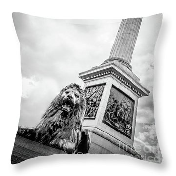 Horatio And The Lion Throw Pillow