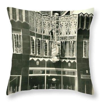 Horn And Hardart, S 18th St., Philadelphia Throw Pillow
