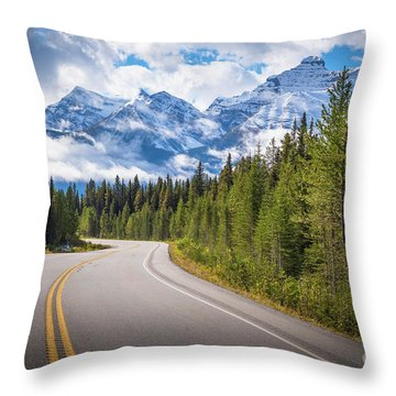 Icefields Parkway Curve Throw Pillow