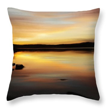 I'm In A Golden State Of Mind Throw Pillow