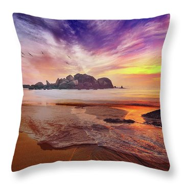 Incoming Tide At Sunset Throw Pillow