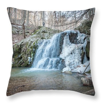 Kilgore Falls In Winter Throw Pillow