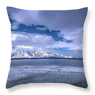 Lake Jackson Wyoming Throw Pillow